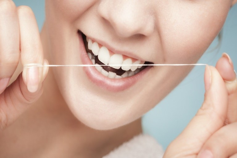 Como preservar seus dentes saudáveis